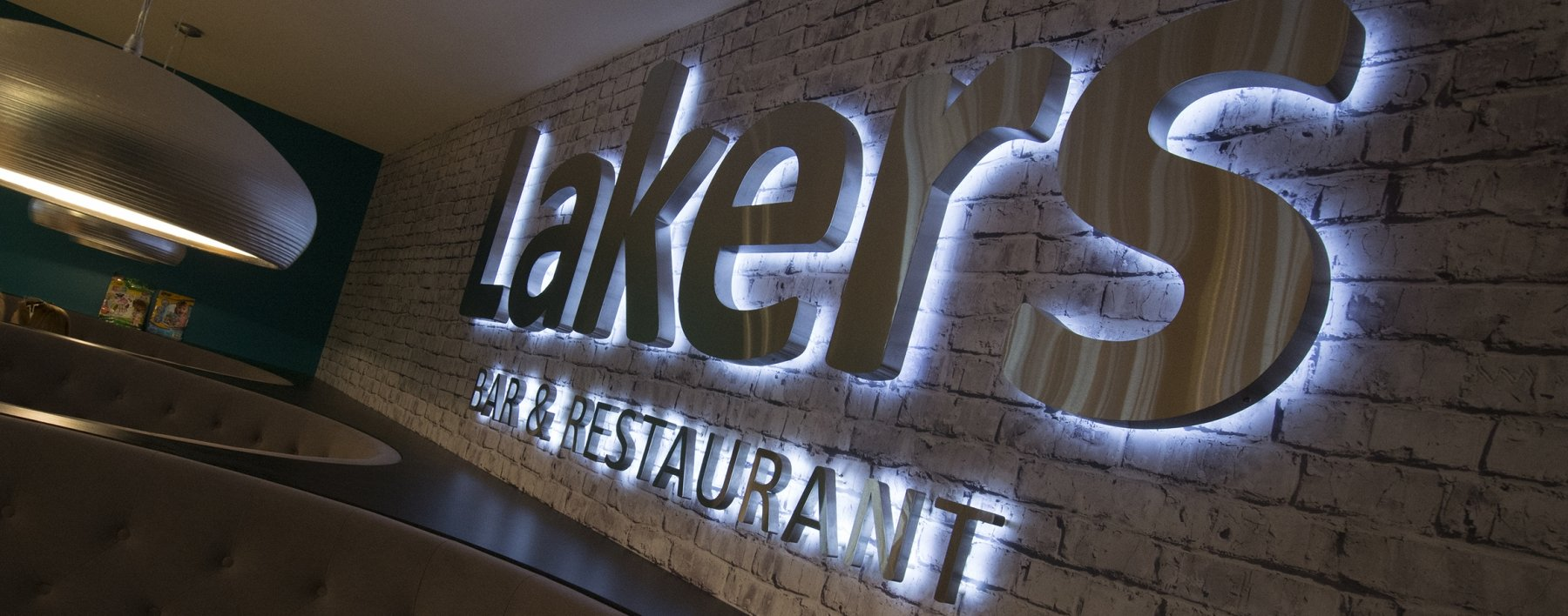 lakers bar bespoke interior wall wrap